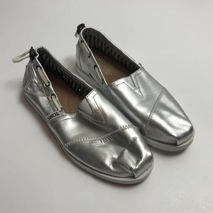cbd4eb51912 Toms Shoes - Silver women s TOMS Nautical Bimini Slip-On Shoe